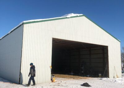 pole-shed-crane-lift-2-after